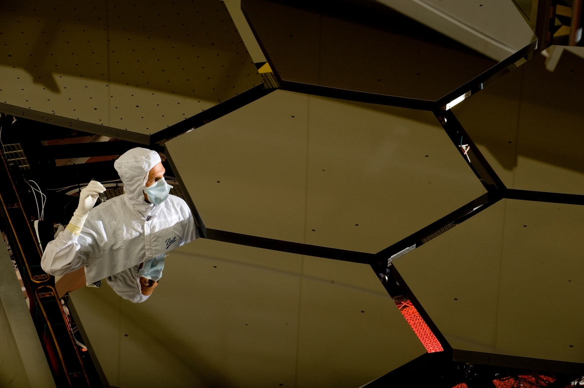 James webb space telescope will be the next generation for Miroir telescope